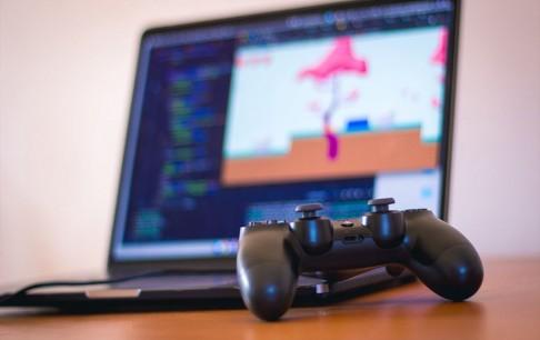 تولیدکنندگان و ناشران بازیهای موبایلی، رایانهای و کنسولی برای دریافت پروانه انتشار بازیهای خود اقدام کنند