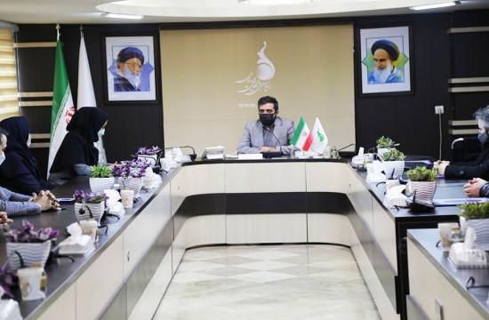 نشست صمیمی مدیرعامل بنیاد با کارمندان این مجموعه