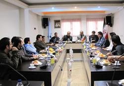 تقدیر از سخنرانان نخستین گردهمایی بازی سازان ایرانی
