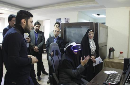 بازدید طیبه سیاوشی و فاطمه ذوالقدر از بنیاد ملی بازیهای رایانهای